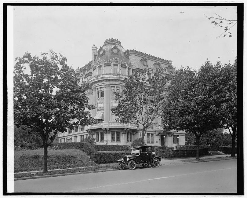 Ford Motor Co. Ford at French Embassy, [Washington, D.C.] [between 1910 and 1926] National Photo Company Collection (Library of Congress)